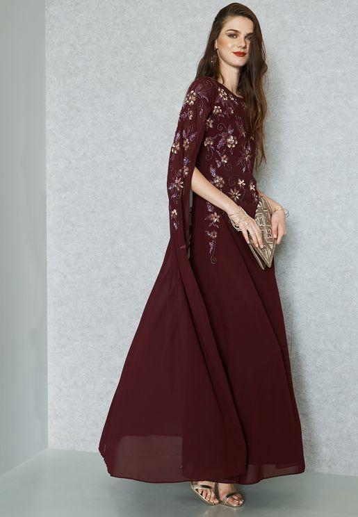 فستان مكسي مزين بتطريز ورد وترتر