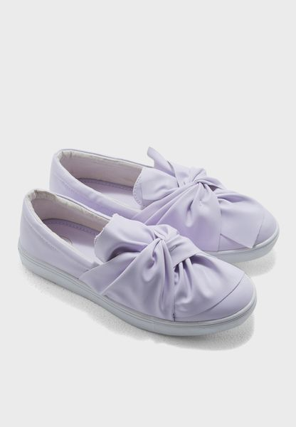 Knotted Slipon