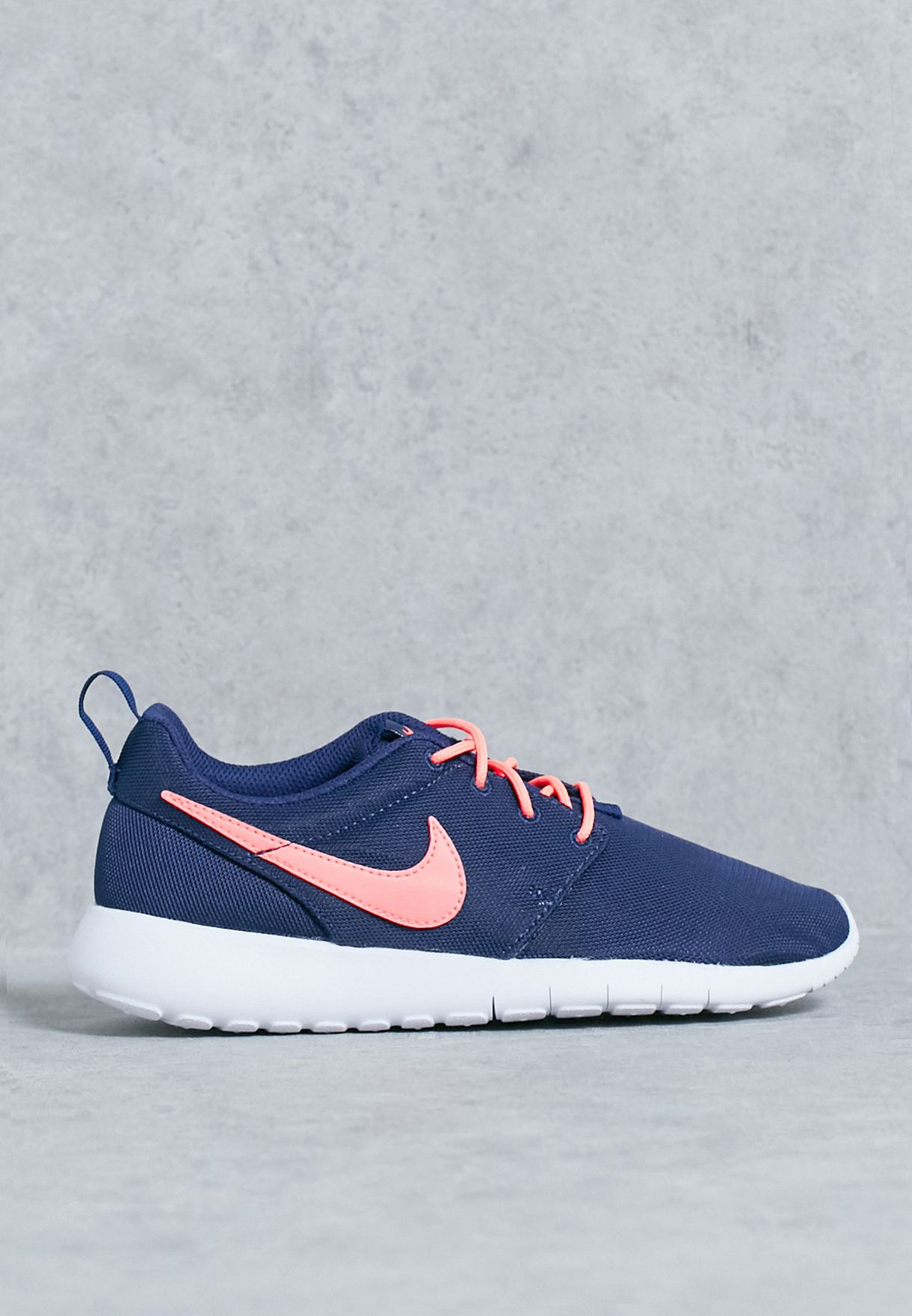 53d97d573054 Shop Nike navy Roshe One (Gs) 599729-411 for Kids in Oman - NI727SH76ZLZ