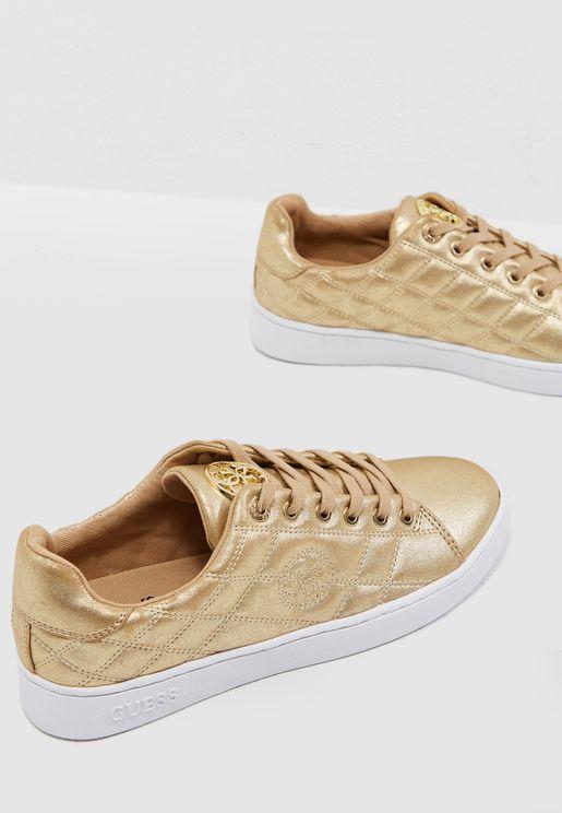 Brayz Low Top Sneaker