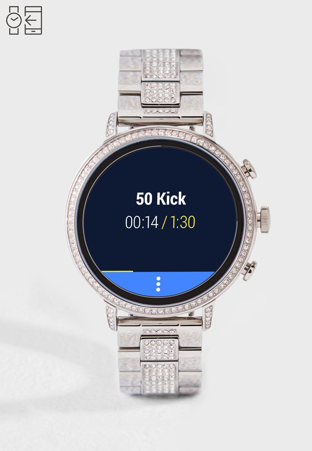 ساعة ذكية بتصميم عصري