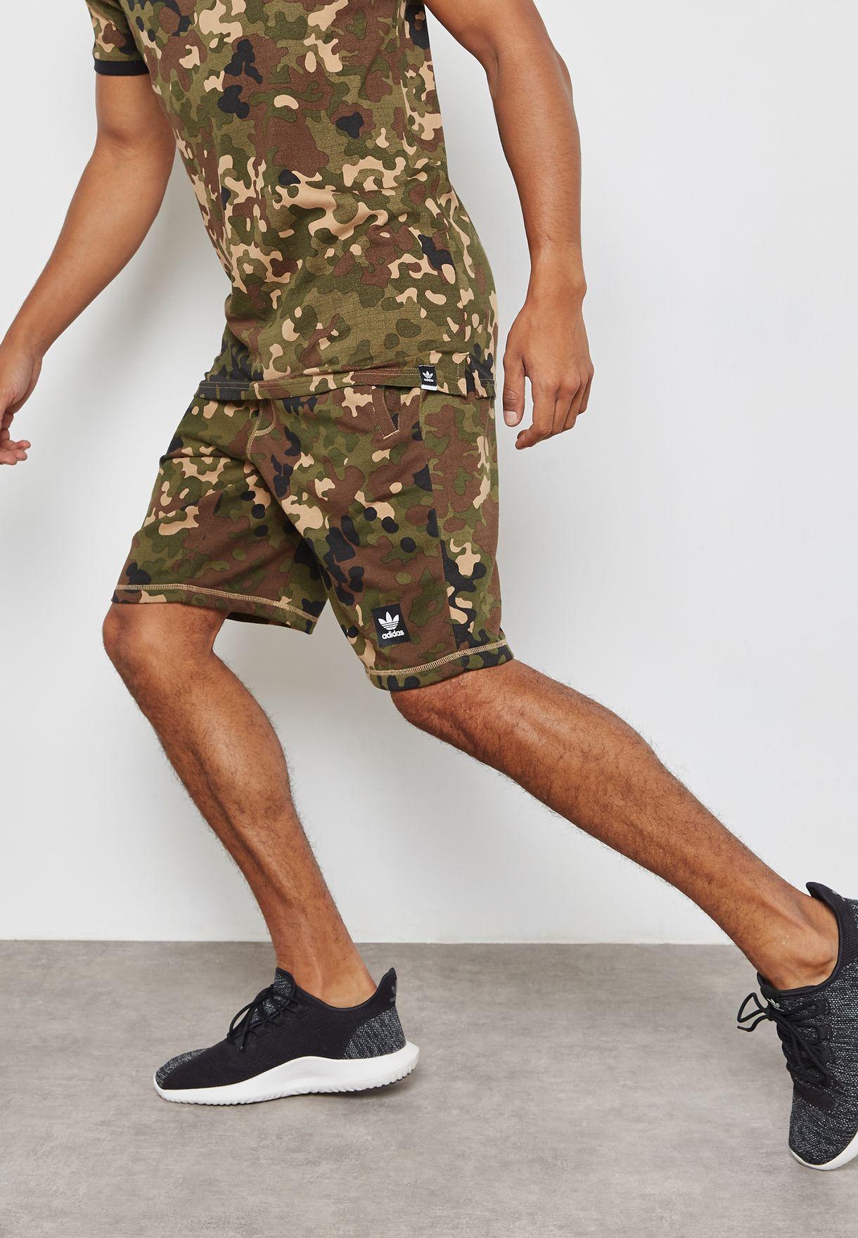 a1cee747a452f Shop adidas Originals prints Blackbird Shorts BR7948 for Men in UAE -  AD478AT76TNZ