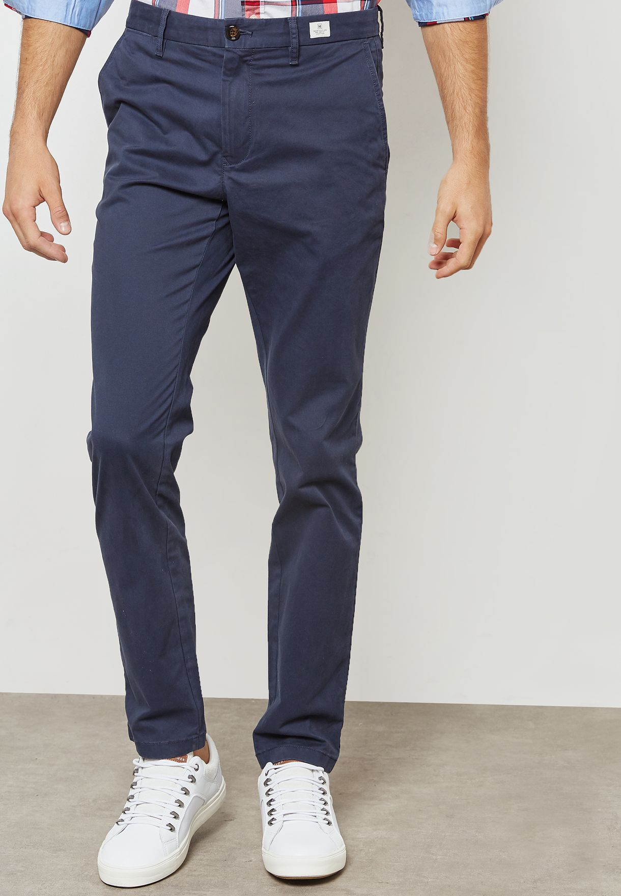 Shop Tommy Hilfiger navy Bleecker Chino MW0MW04280 for Men in Saudi -  TO279AT76LRZ 7ddbbe8e47