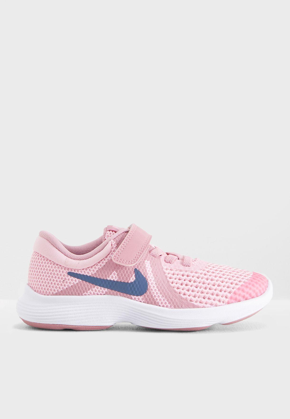 051f3fada تسوق حذاء ريفولوشن 4 للاطفال ماركة نايك لون وردي 943307-602 في عمان ...