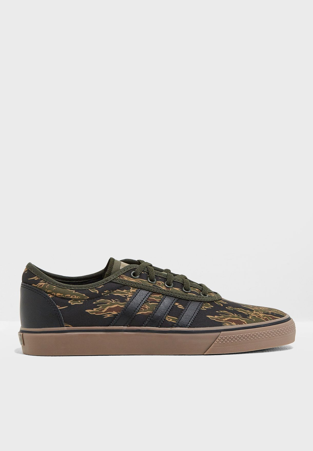 huge discount eda77 2c1b0 Shop adidas Originals prints Adi-Ease B27793 for Men in Saud
