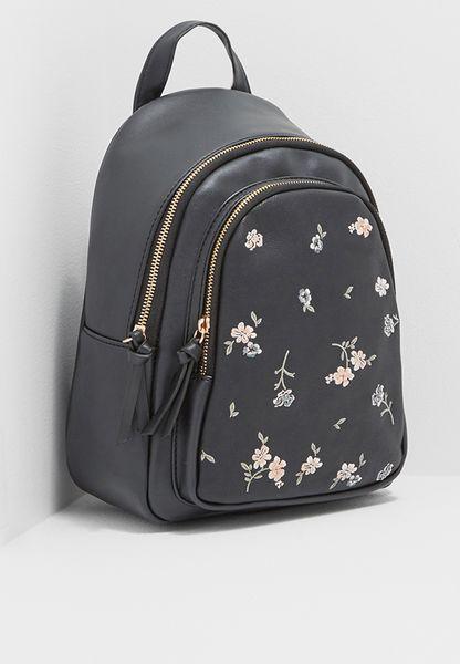 شنطة ظهر ميني مطرزة بأزهار