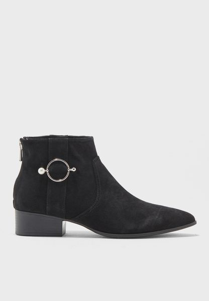 Lisa Ankle Boot