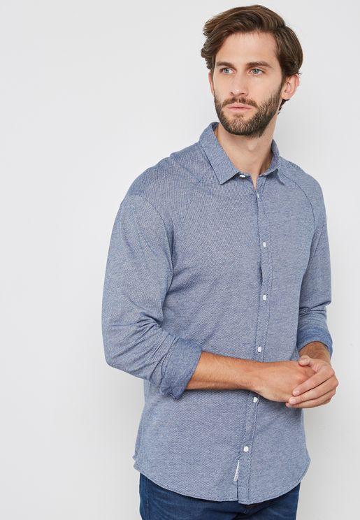 قميص كلاسيكي بأكمام طويلة