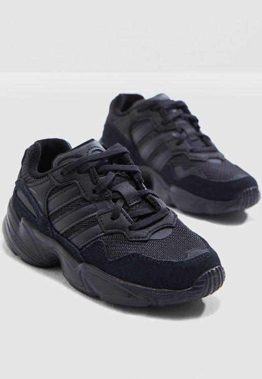 حذاء يونغ 96