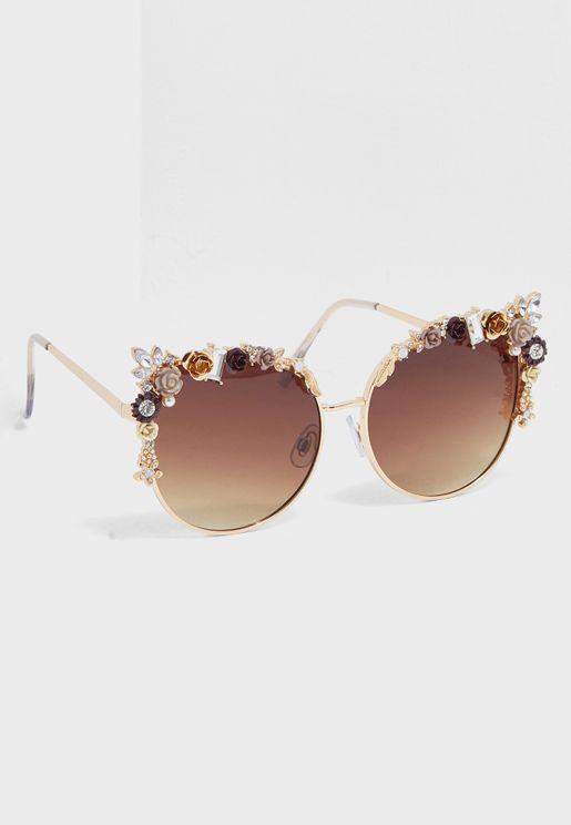 نظارة شمسية بنمط عين قطة