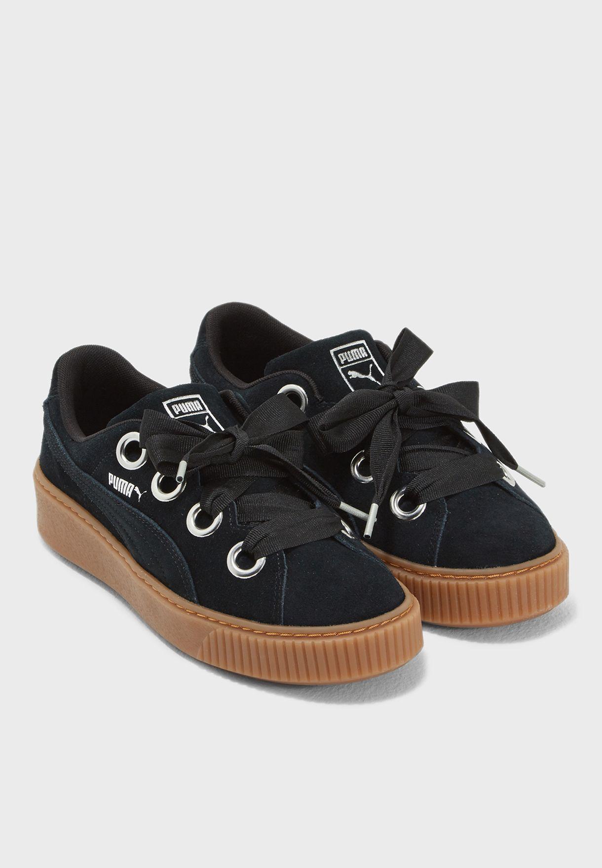 da4fdeca2d6 Shop PUMA black Platform Kiss Suede 36646101 for Women in UAE - PU020SH56OHB