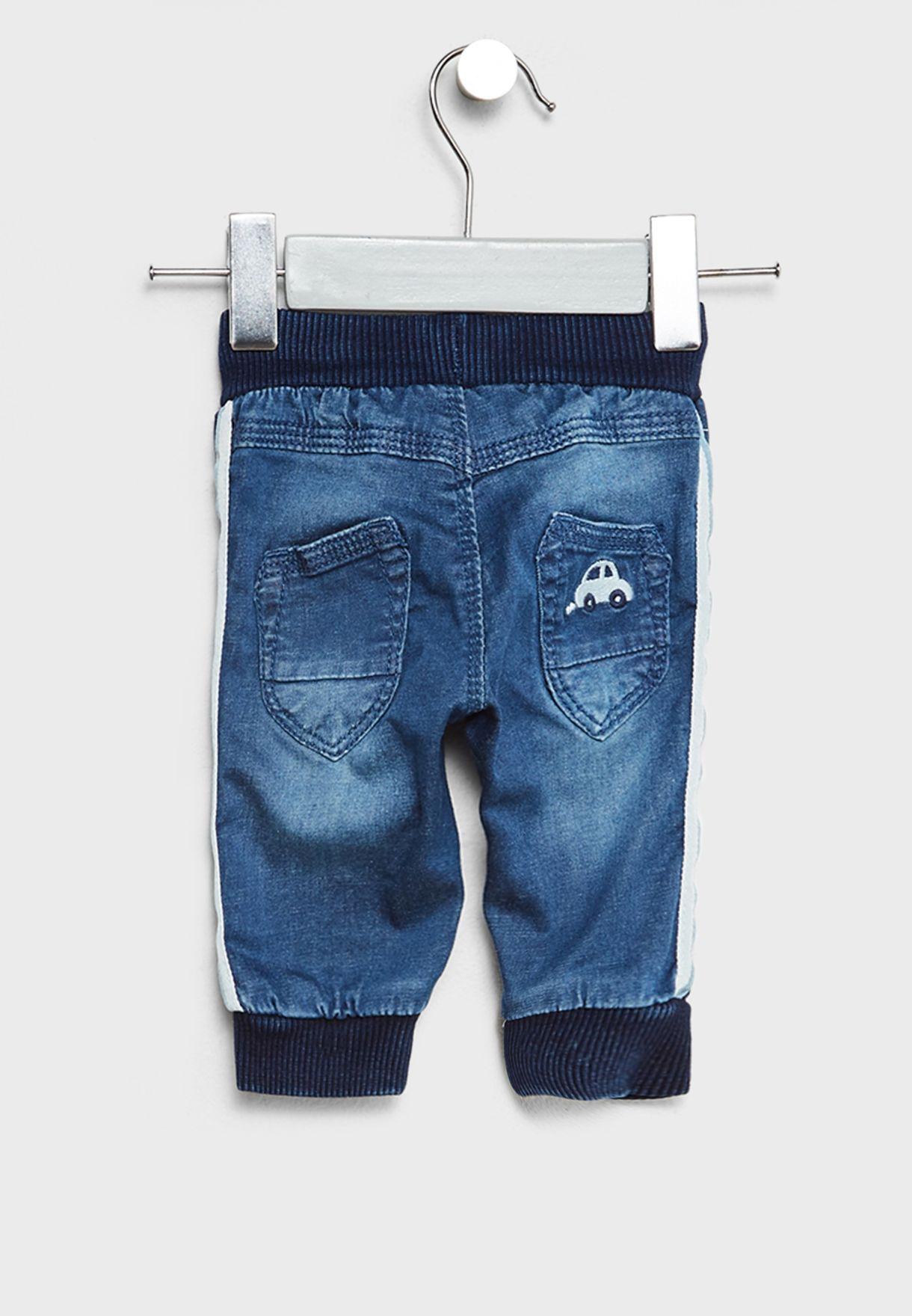 بنطال جينز بأربطة