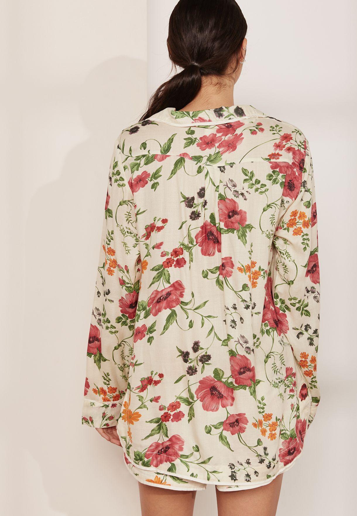 قميص بيجاما بطبعات ازهار
