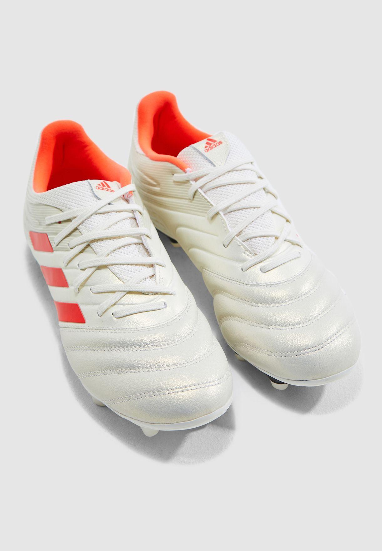 حذاء كوبا 19.3 للارض الصلبة