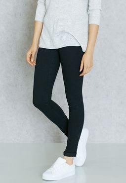 جينز بخصر منخفض