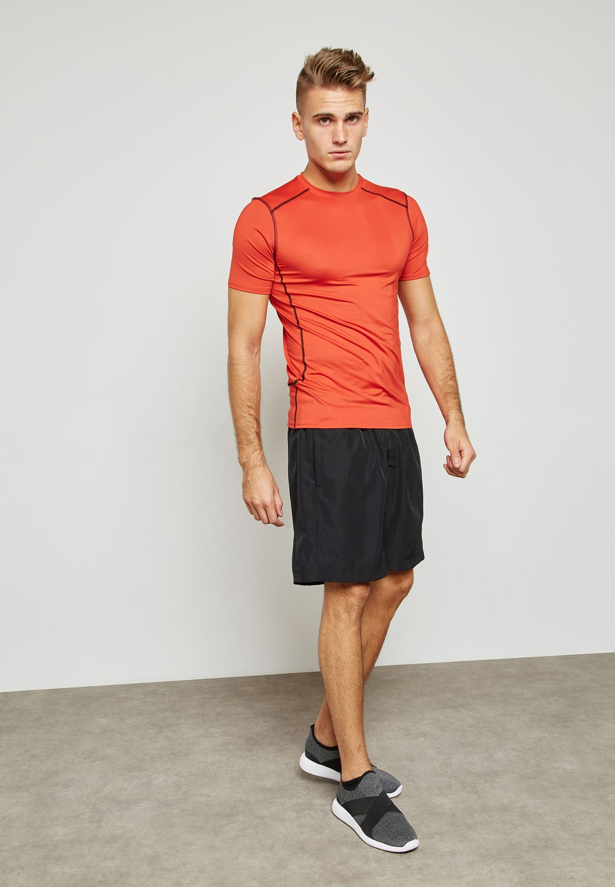 0dfecfa2ed10c Shop New Look red Active Stretch T-Shirt 391682660 for Men in ...