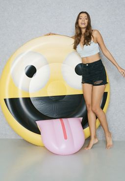 Emoji Face With Tongue Float