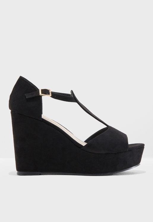 Waya Wedge Sandal