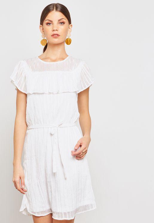 فستان مخطط وبكشكش