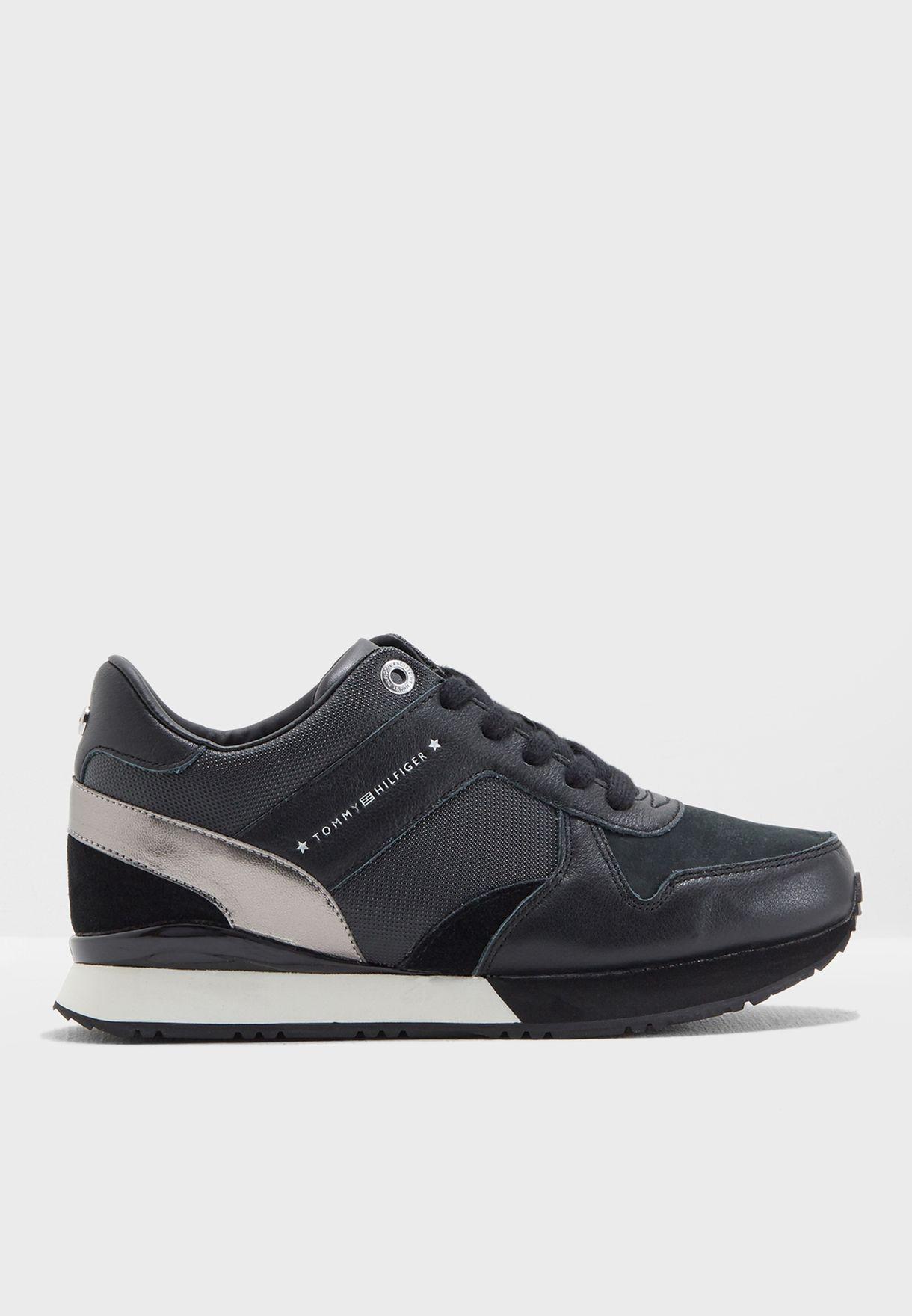 e8e63d2cc Shop Tommy Hilfiger black Sneaker Wedge FW0FW02977 for Women in ...