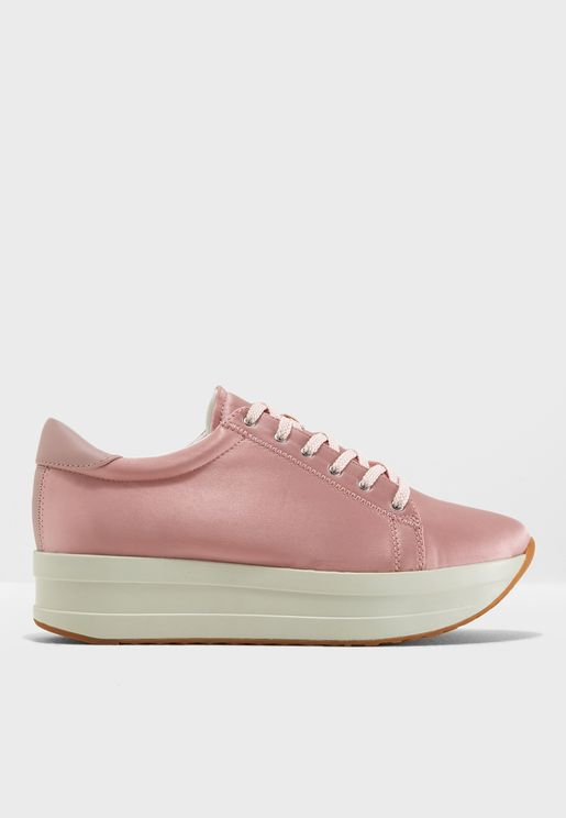 Casey Sneaker