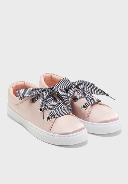 Neats Low Top Sneakers