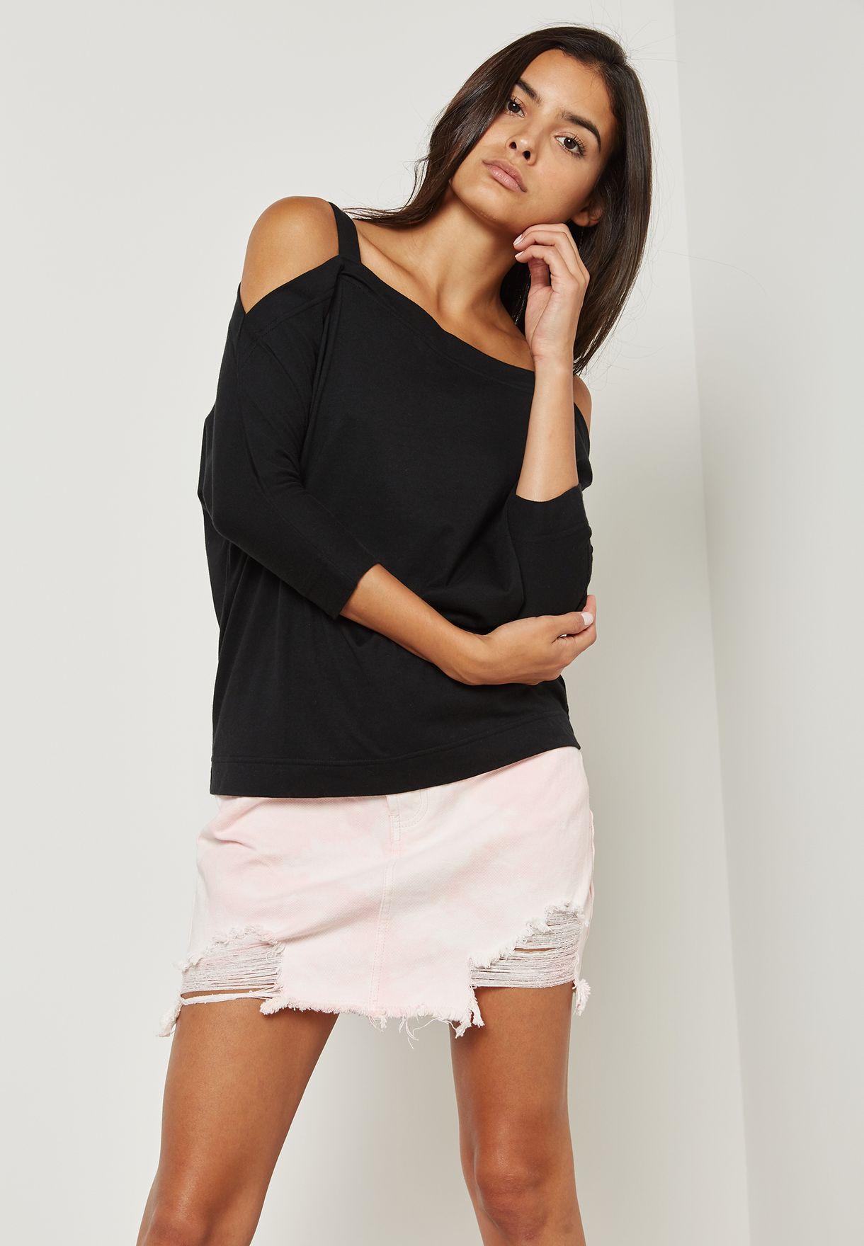 a4207ea0132137 Shop Forever 21 black Cold Shoulder Top 84578 for Women in Qatar ...