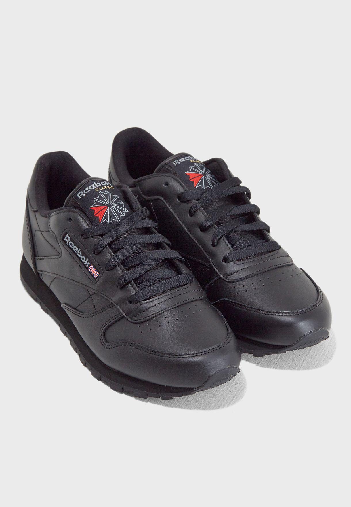 حذاء سبورت Cl Lthr