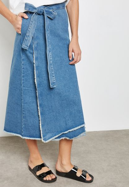 Side Split Belted Denim Skirt