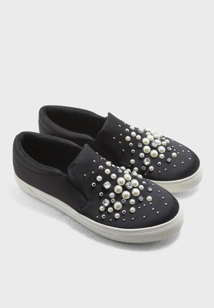 Pearl Studded Sneaker