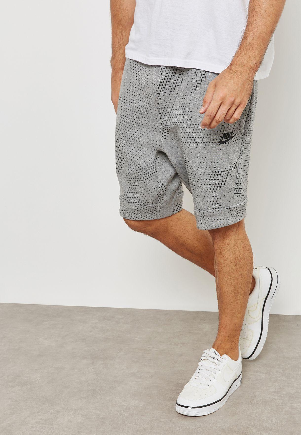 Nike Short Tech Fleece Dots M