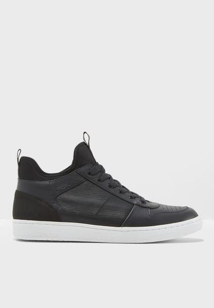 Cendejas Sneakers