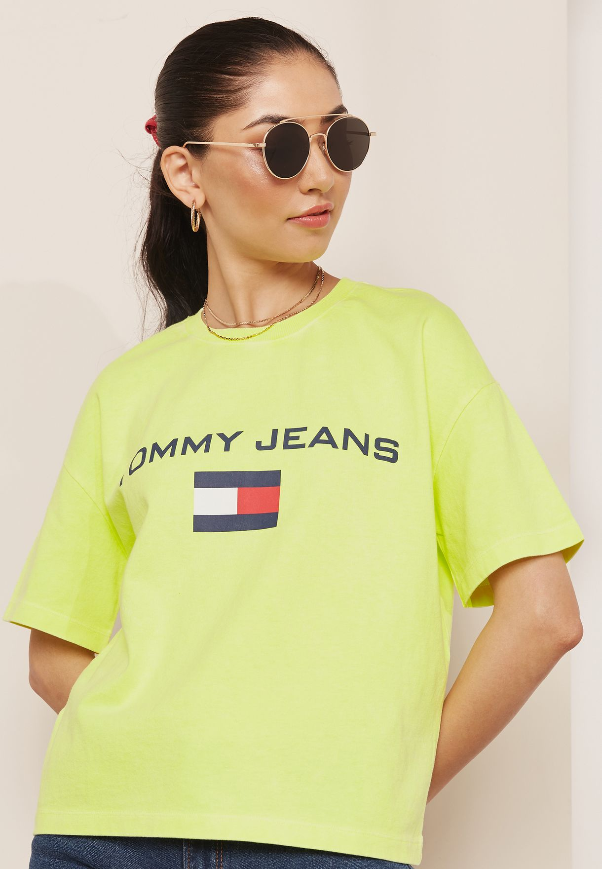 209dadc7 Shop Tommy Jeans neon TJW 90s Capsule Logo T-Shirt DW0DW05388010 for ...