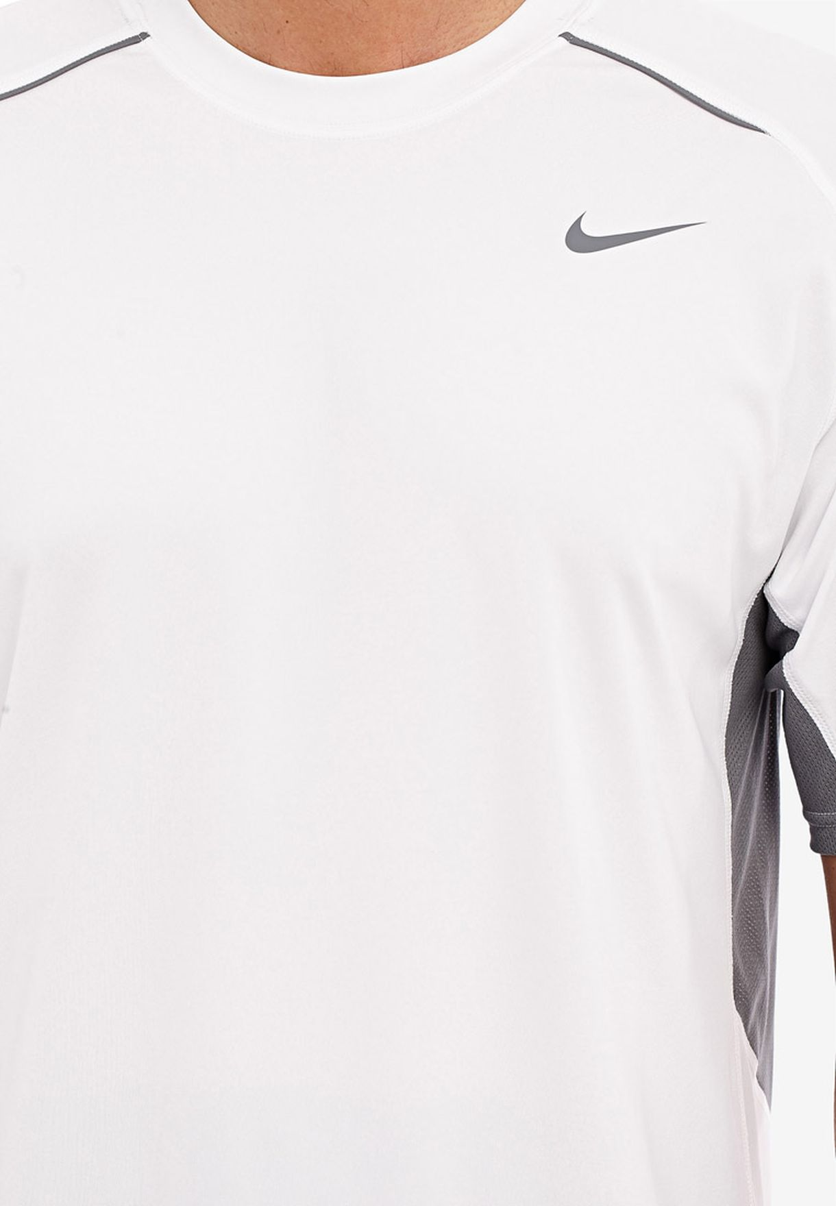 aguja error Subordinar  Buy Nike white Legacy Ss Top for Men in Dubai, Abu Dhabi   519539-100