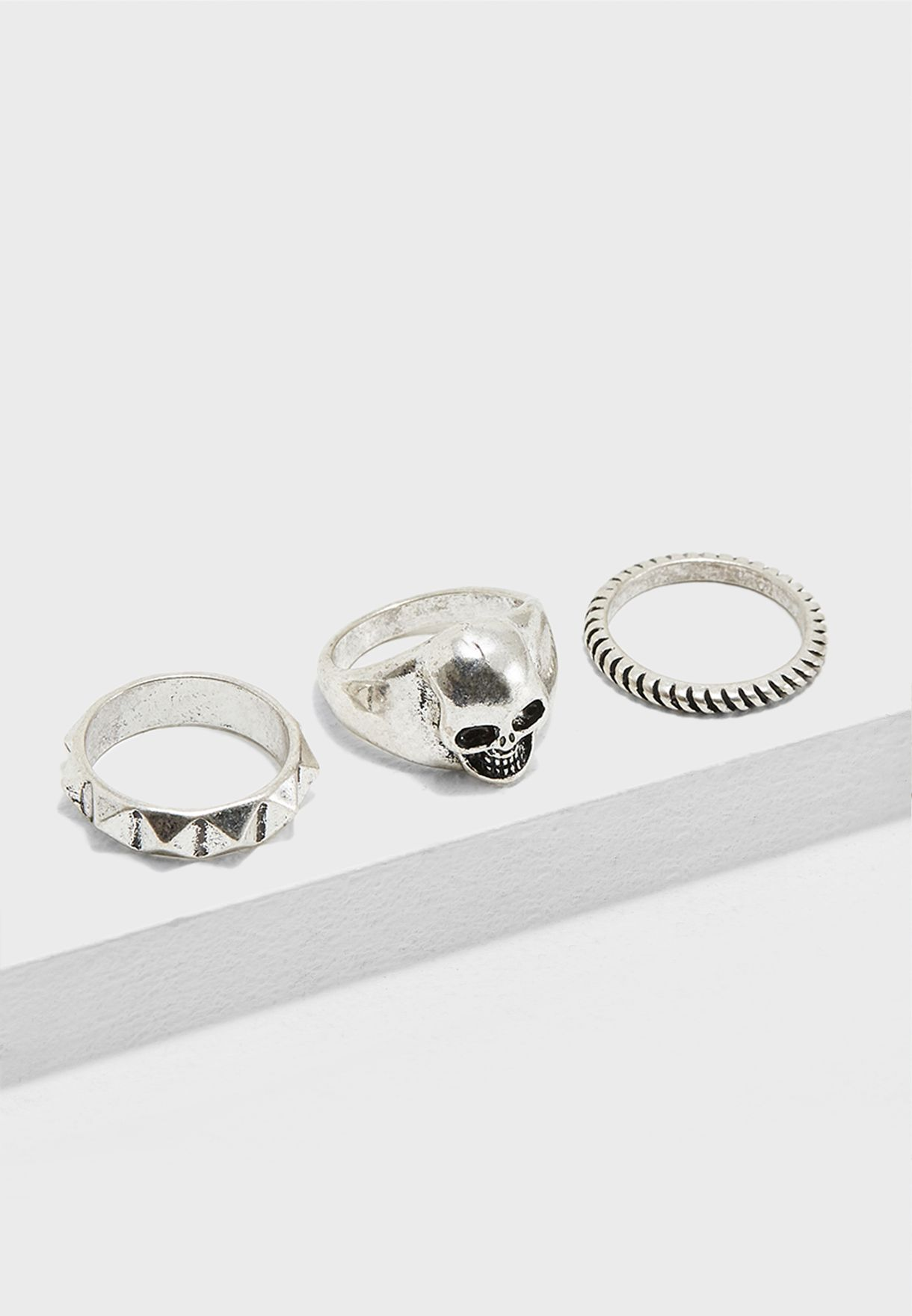 Multipack Skull And Band Rings