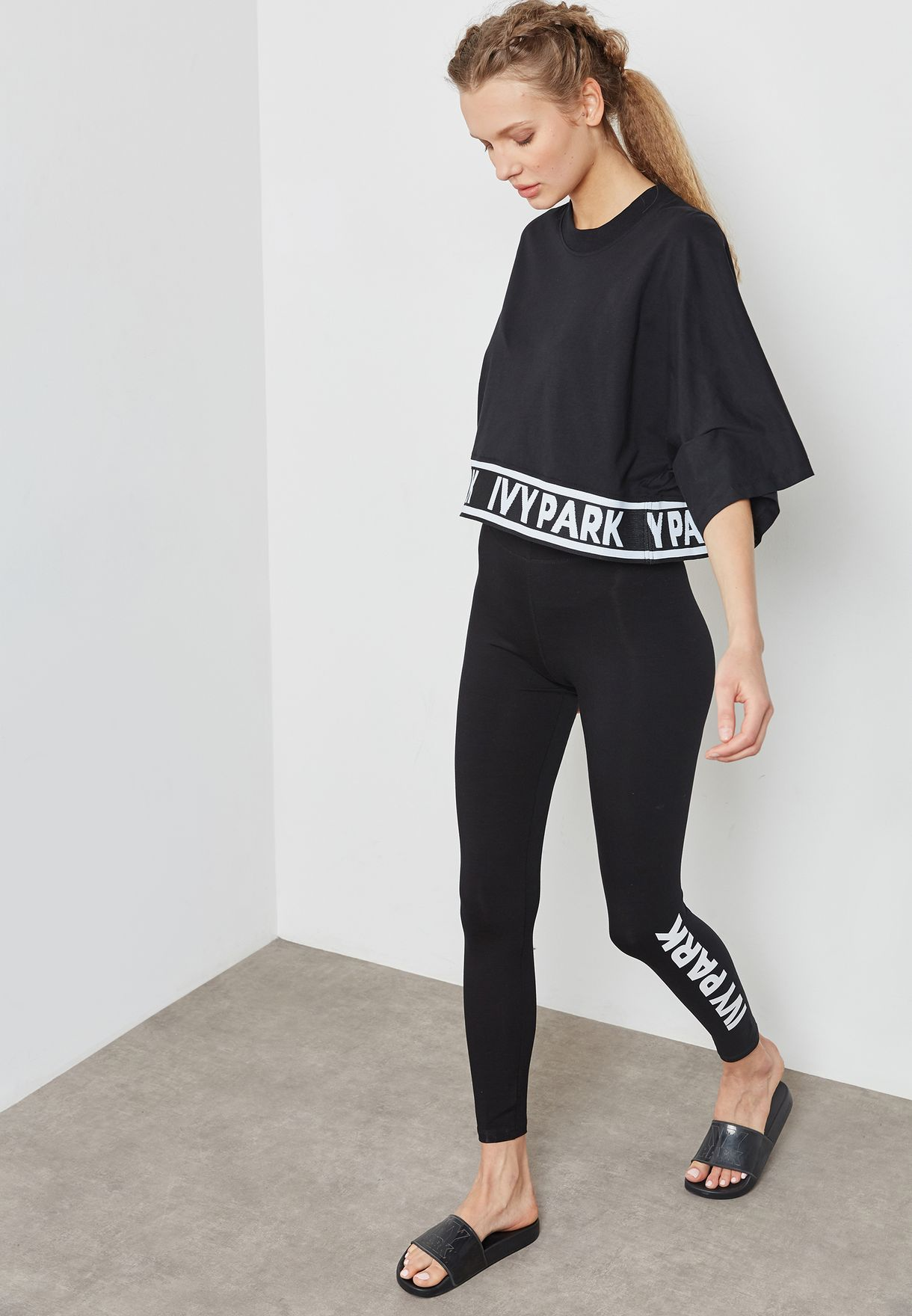Ankle Logo Leggings