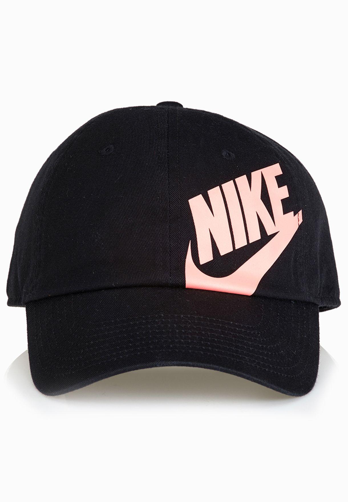 dc81627f0b38c Shop Nike black Female Heritage 86 Cap 546107-013 for Women in UAE ...