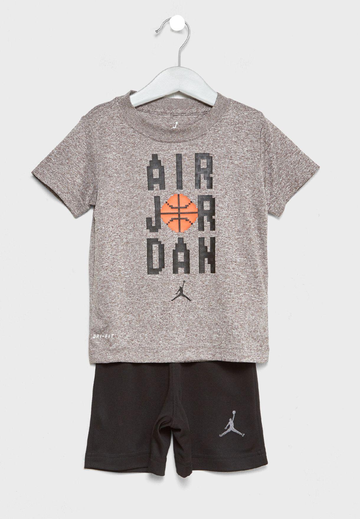2e2fa330504e Shop Nike multicolor Infant Air Jordan T-Shirt+Shorts Set 754815-023 ...
