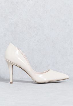 حذاء لامع بكعب  مستدق