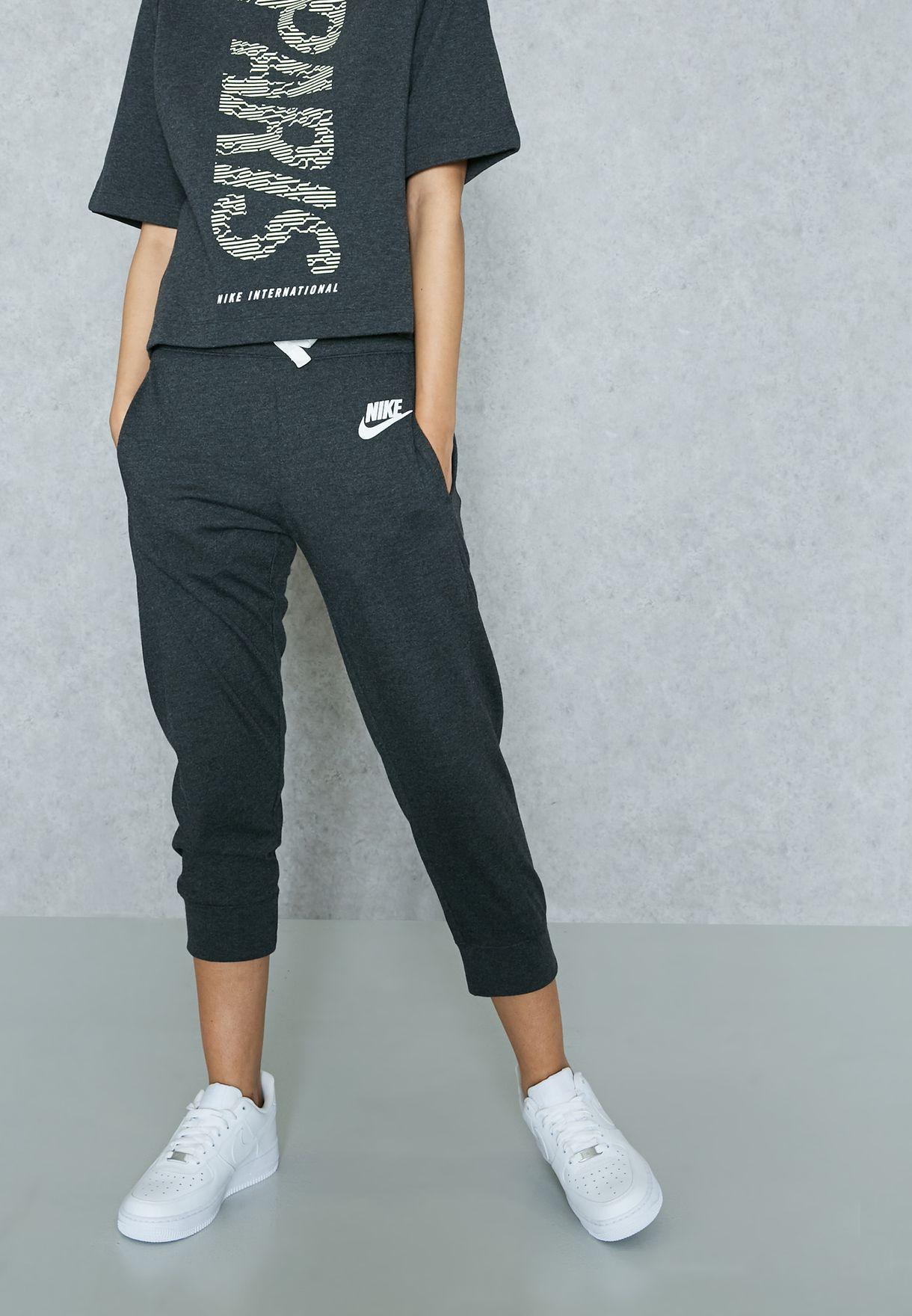 online store 4c61f 74fa5 Nike Sweatshirt And Sweatpants Set