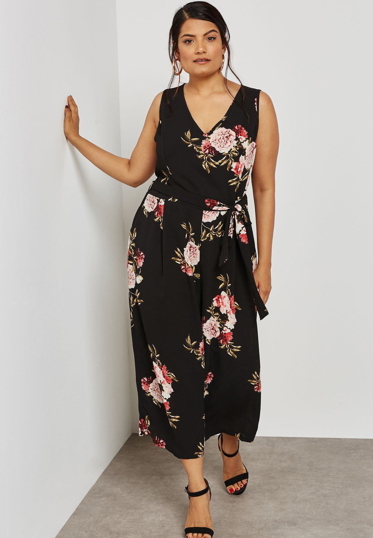 7246eddaefd9 Shop New Look black V NECK JUMPSUIT 552744609 for Women in UAE ...