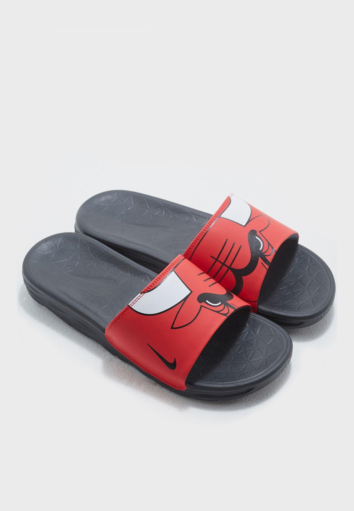 083651241ea4 Shop Nike multicolor Chicago Bulls Benassi Solarsoft 917551-600 for ...