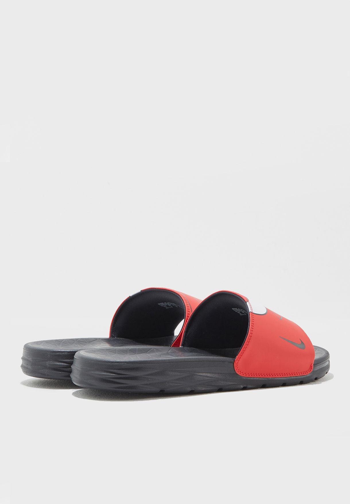 9e6bbb0fba84 Shop Nike multicolor Chicago Bulls Benassi Solarsoft 917551-600 for ...