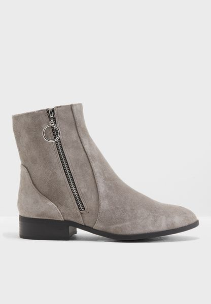 Kick Ankle Boots