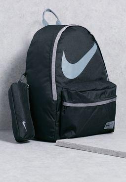 حقيبة ظهر نايك