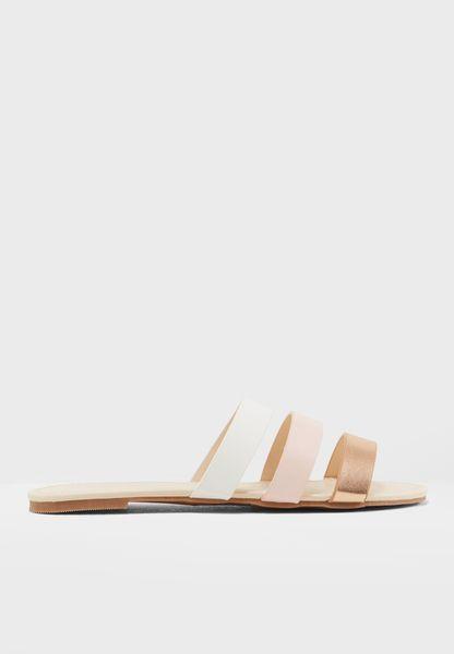 Suzy Sandal