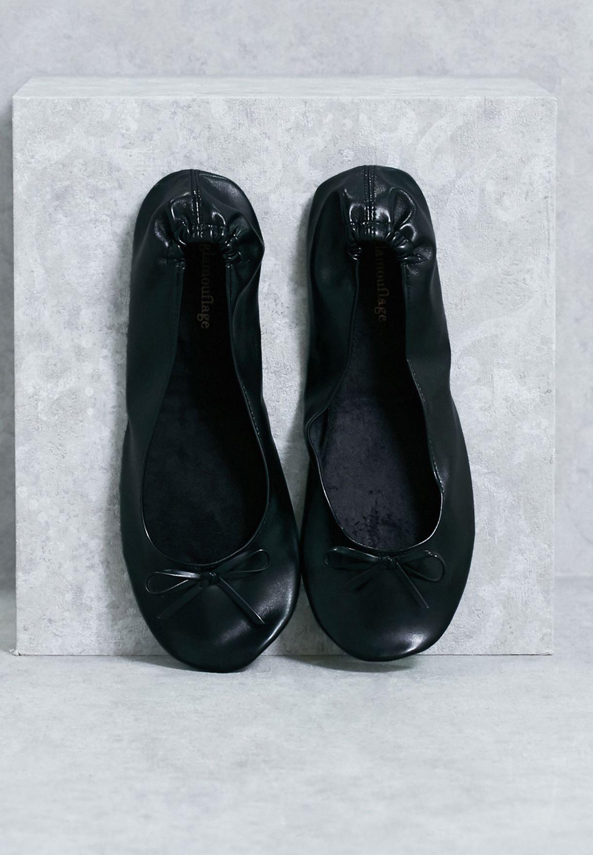 حذاء مرن قابل للطي