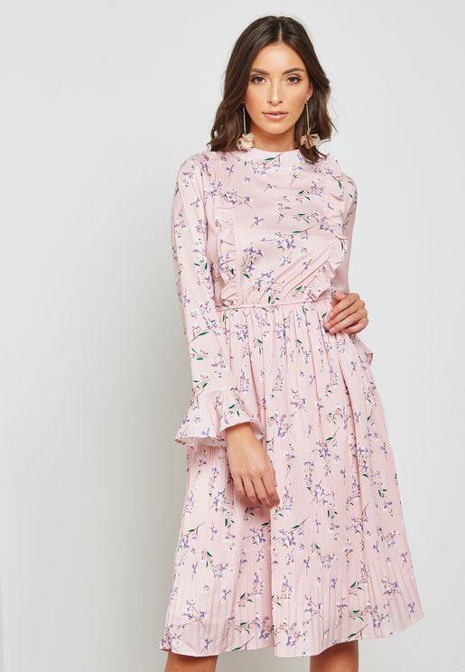 فستان بكشكش وطبعات ازهار