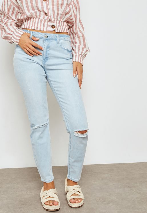 Light Wash Ripped Jeans