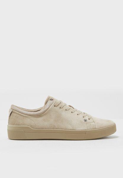 Godia Sneakers
